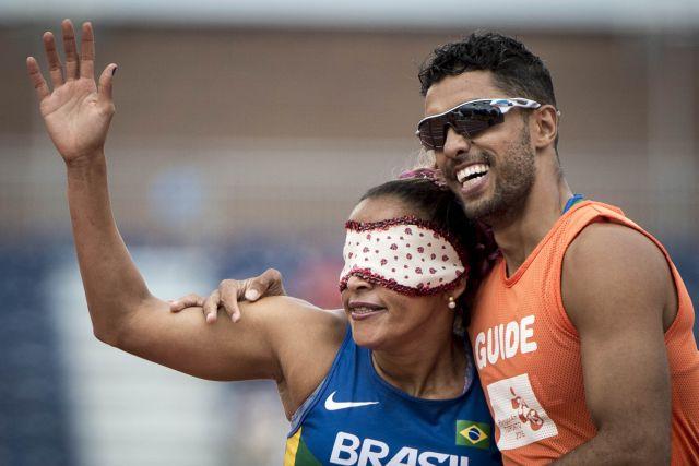 14/08/2015 - Canadá, Toronto, Parapan Am Athletics Stadium - Atletismo, Final - 200m - Classe T11 - Terezinha Guilhermina e Guilherme Santana. ©Daniel Zappe/MPIX/CPB