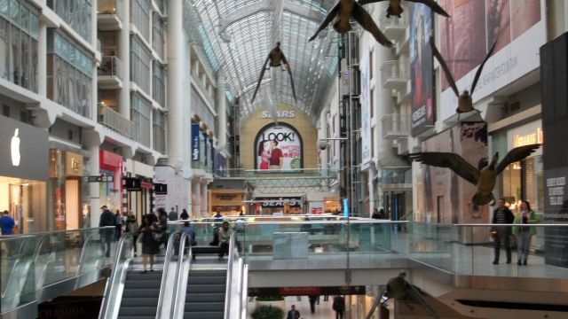 6230772-Eaton_Centre_Toronto