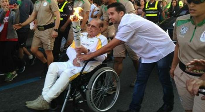 Pitanguy morreu um dia após carregar tocha olímpica