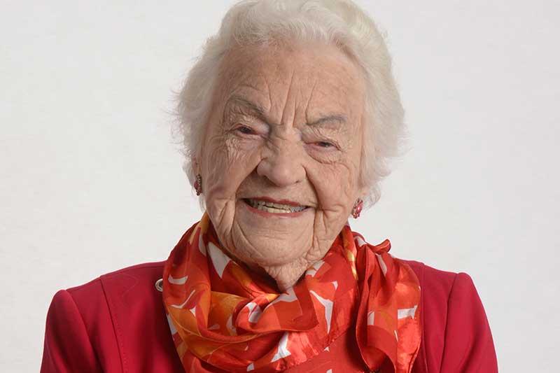 Imagem de Hazel MacCallion, homenageada pela Luso Virtual Volta 2021 e em celebração aos 100 anos da ex-prefeita de Mississauga